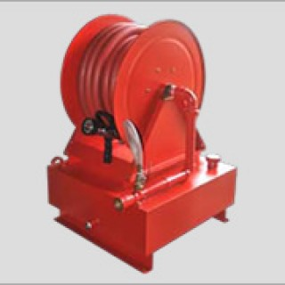 Continuous-Flow Hose Reel With Foam Station